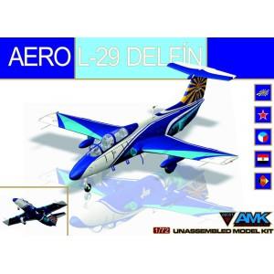 AERO L-29 Delfín 1/72 - AMK